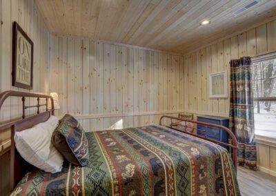 Perch Cabin Bedroom