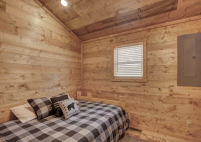 Musky Cabin Bedroom 3